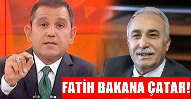 Fatih Portakal'dan Bakan Ahmet Eşref Fakıbaba'ya: Sinir bozucu şekilde gülüyor