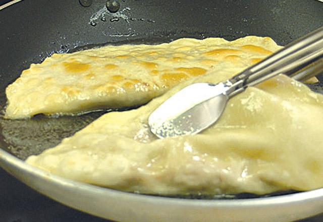 Enfes çiğ börek tarifi! Çiğ börek nasıl yapılır?