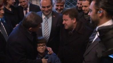 Davutoğlu'na Bulgaristan'da yoğun ilgi