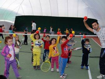 Muğla Tenis Kulübü tarafından Milas'ta açılan tenis kulübü...