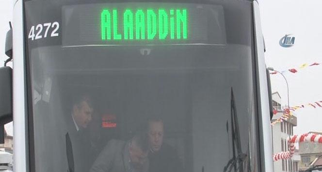 Cumhurbaşkanı Erdoğan, Konya'da tramvay kullandı.