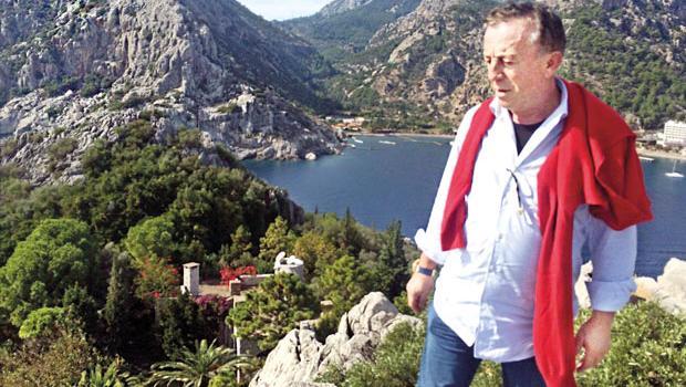 Ali Ağaoğlu, Marmaris'teki Çiftlik Adası'nın yeni sahibi oldu.