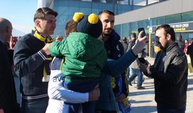Fenerbahçe'ye davullu zurnalı karşılama
