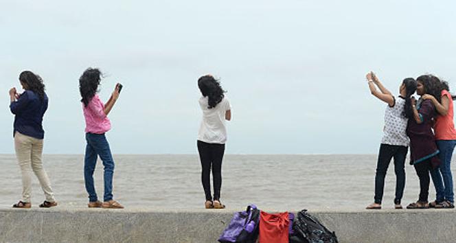 Hindistan'da selfie çekmek yasak!
