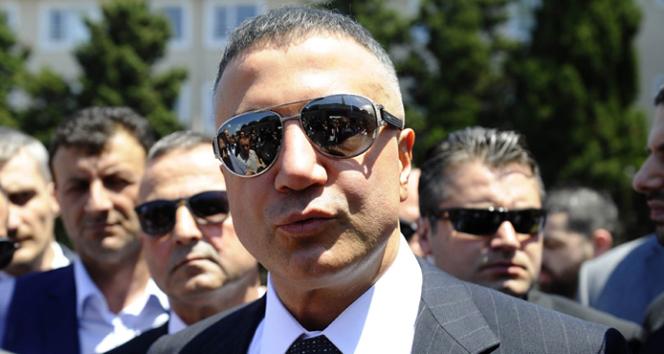 Akademisyenlerden Sedat Peker'e suç duyurusu