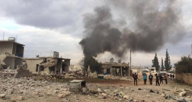 Rus uçakları sınırda bomba yağdırdı