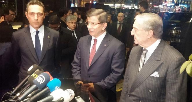 Davutoğlu, Rahmi Koç'a taziye ziyaretinde bulundu