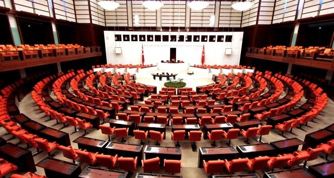 Seçim Kanunu ve Siyasi Partiler Kanunu değişiyor