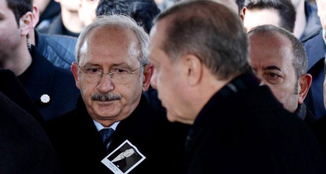 Mustafa Koç'un cenazesinde dikkat çeken kare