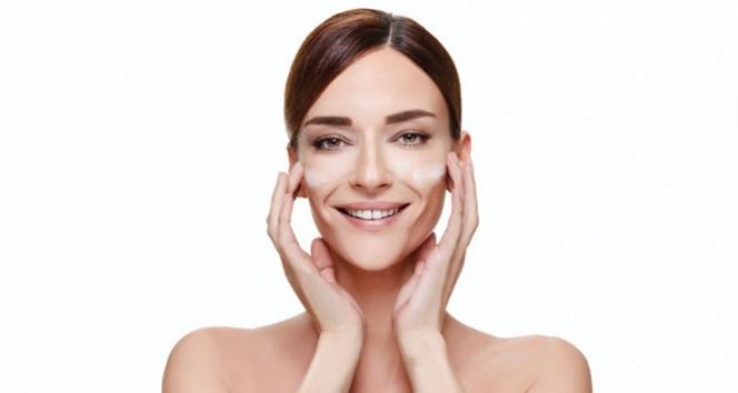 Makyajsız iyi görünmenin 4 sırrı