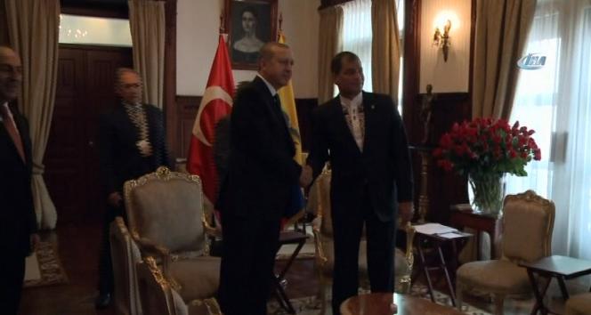 Erdoğan, Ekvador Devlet Başkanı ile görüştü