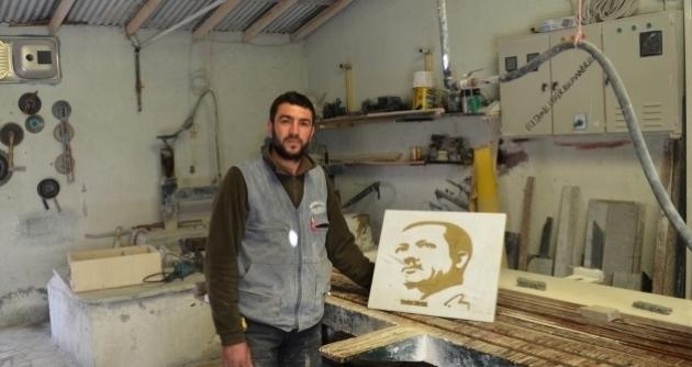 Cumhurbaşkanı Erdoğan'ın portresini mermere işledi