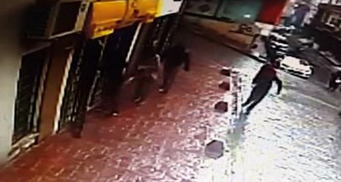 İstanbul'da güpegündüz soygun!