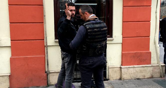 Taksim'de 'canlı bombayım' diye bağırdı ve...