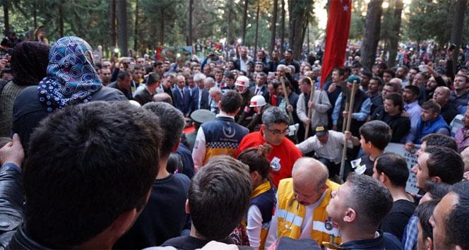 CHP milletvekiline şehit cenazesinde büyük şok!
