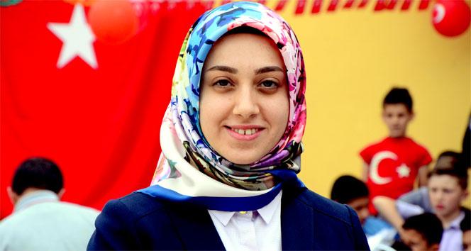 Türkiye'nin ilk başörtülü kaymakamının ilk resmi töreni