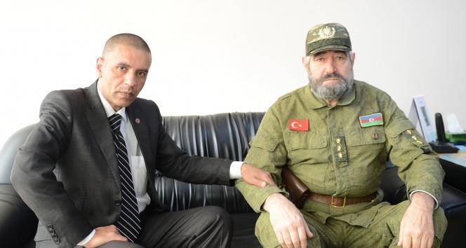 Obama ve Fidel Castro'nun benzerleri buluştu