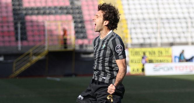 Bursaspor ilk transferini gerçekleştirdi