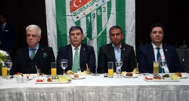 Hamza Hamzaoğlu istifadan döndü