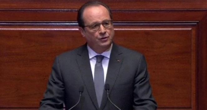 Hollande: 'Uçağın düştüğünü ifade edebiliriz'