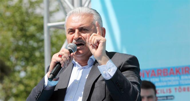 Binali Yıldırım'dan Başbakan olarak İzmir çıkarması!
