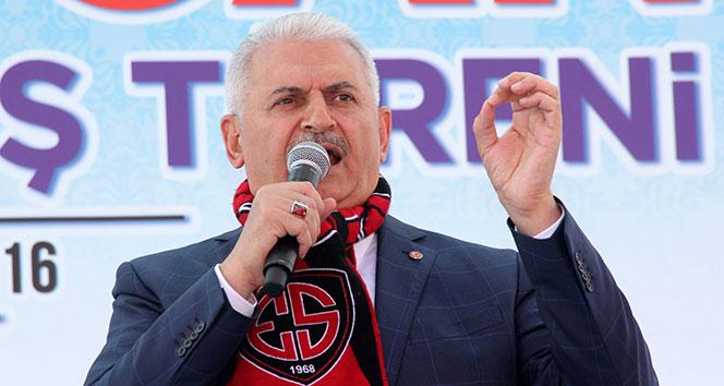 Başbakan Yıldırım Erzincan'da konuştu! İki ili birbirine..