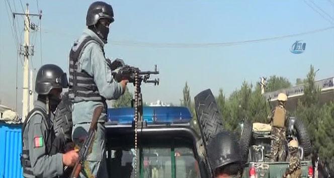 Afganistan'da intihar saldırısı: En az 13 ölü