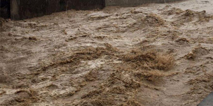 Virginia eyaletinde sel felaketi; 23 ölü!