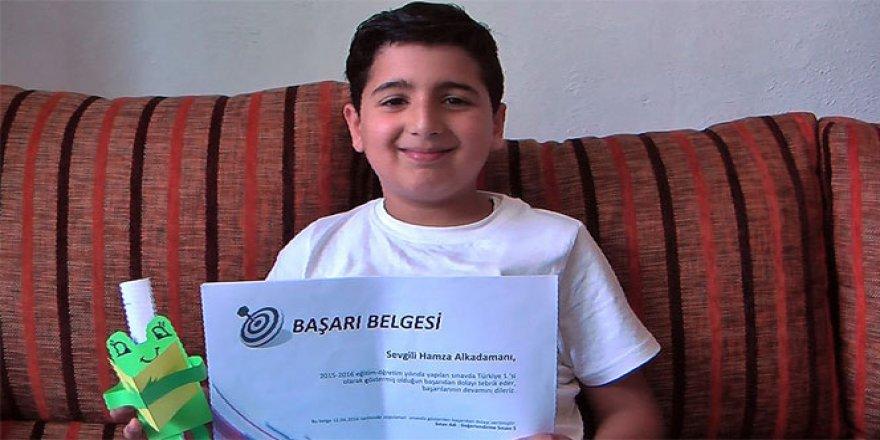 Türkçeyi televizyondan öğrendi, dereceye girdi!