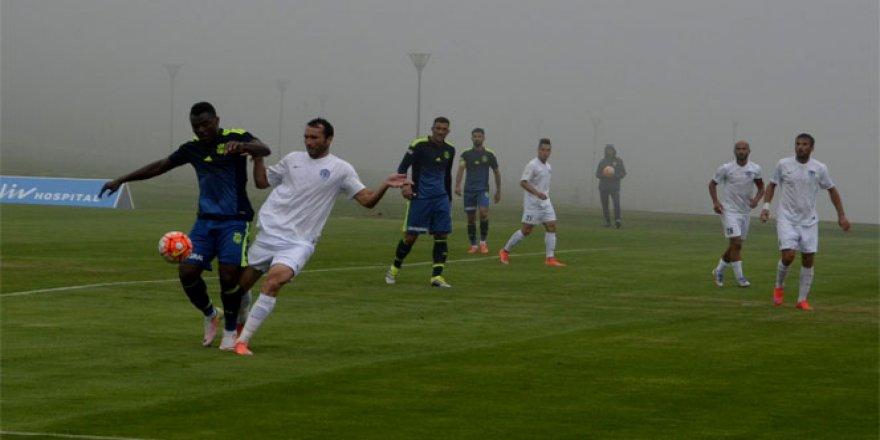 Fenerbahçe hazırlık maçında 2-2 berabere kaldı!