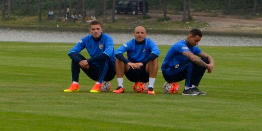 Fenerbahçe'nin yeni transferleri bir arada
