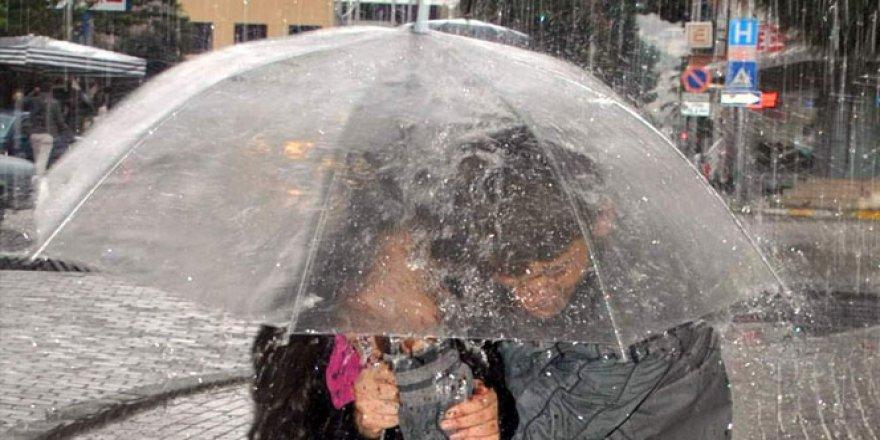 Orta ve Doğu Karadeniz için kuvvetli yağış uyarısı!