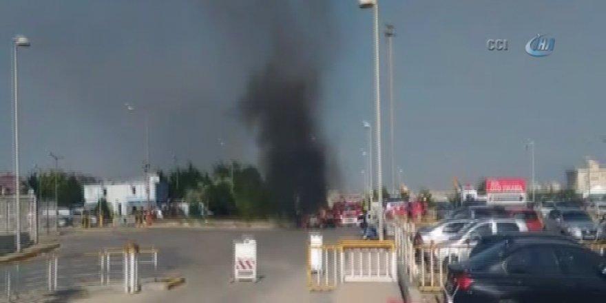 Atatürk Havalimanı'nda korkutan yangın!