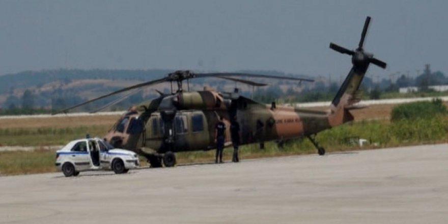 Yunanistan'a kaçan 8 subayın sorgusu sürüyor