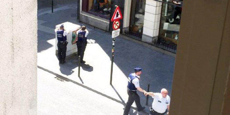 Belçika'da canlı bomba alarmı