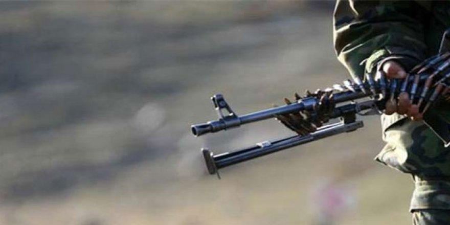 Hakkari'de çatışma: 2 asker...