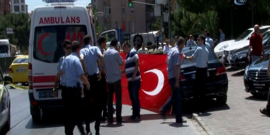 İstanbul'da silahlı saldırı: 1 ölü , 1 ağır yaralı