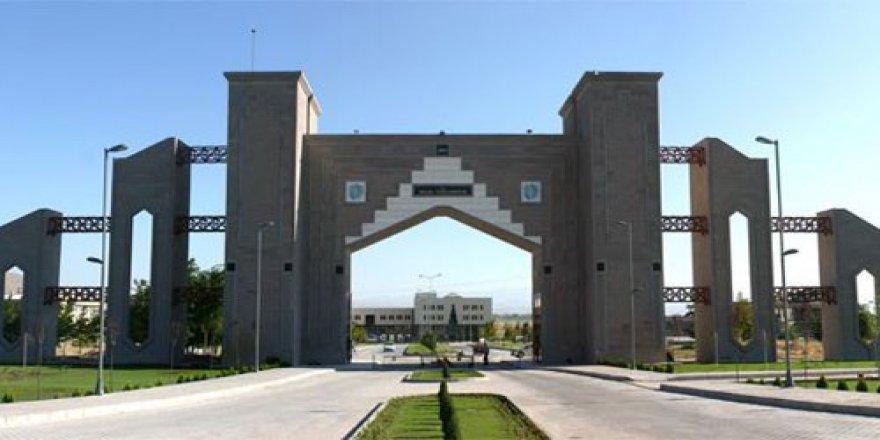 Niğde Üniversitesi'nde 28 akademisyen açığa alındı!