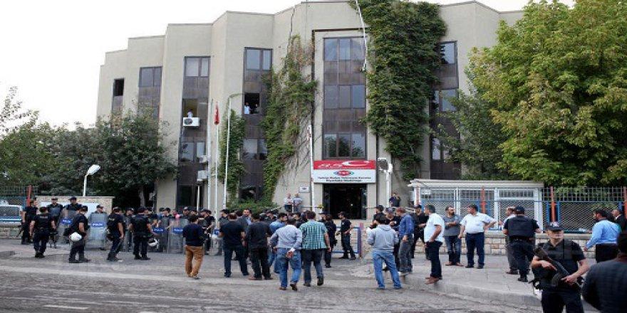 TRT Diyarbakır Bölge Müdürlüğü'nde 19 çalışan açığa alındı