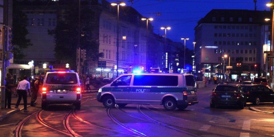 Almanya'daki saldırganının kimliği belli oldu