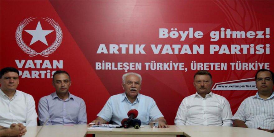 """Perinçek """"Türkiye'de Milli hükümetin yolu açıldı"""""""