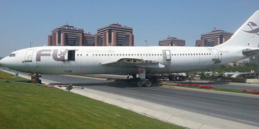 Uçak trafiğe çıktı! Gören şok oldu