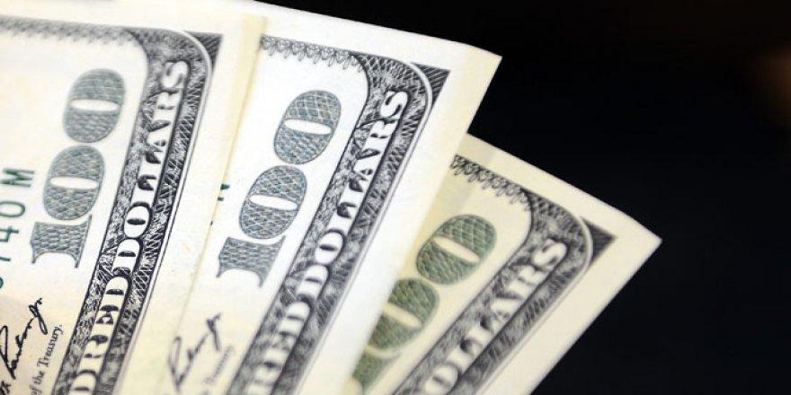 Dolar 3,01'in altında