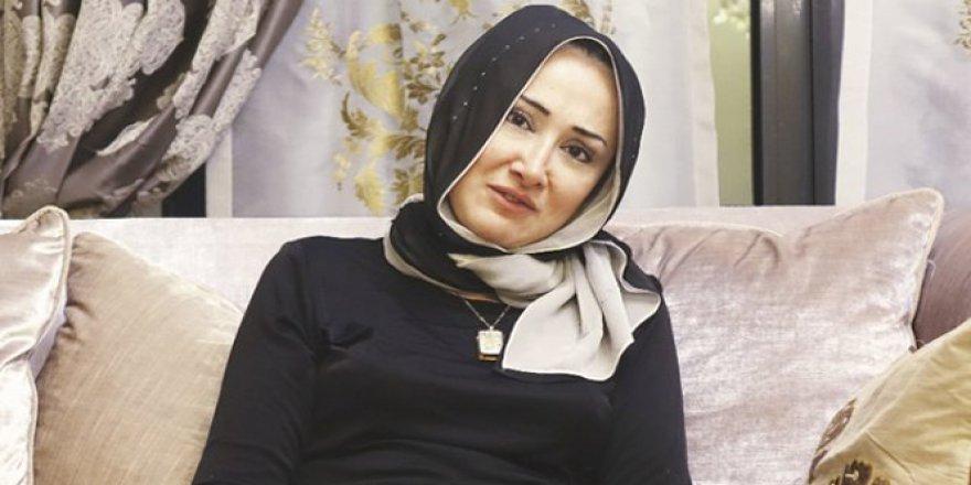 Darbecilere Erdoğan'ı izleten kadın: