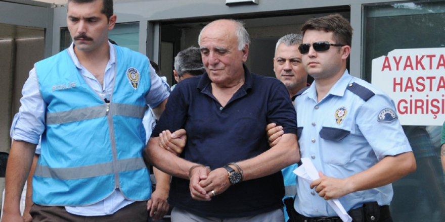 Hakan Şükür'e büyük şok! Tutuklandı