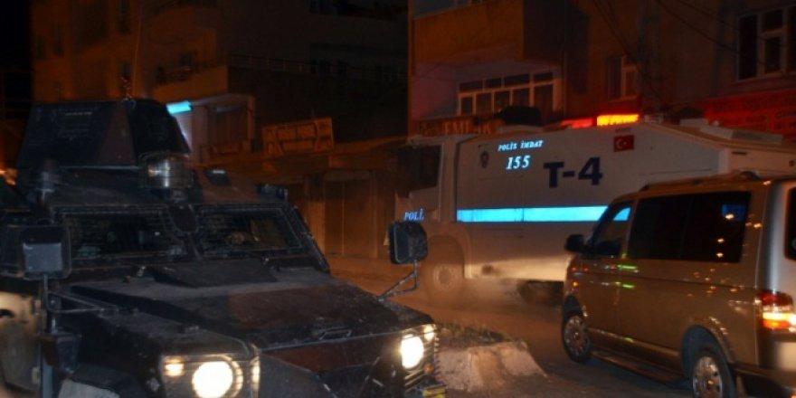 Ağrı, Doğubayazıt'ta polis merkezine saldırı