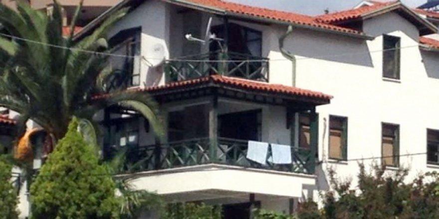 Hakan Şükür'ün Villasında Arama