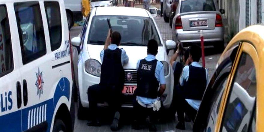 Gaziosmanpaşa'da devriye yapan polislere saldırı: 1 yaralı