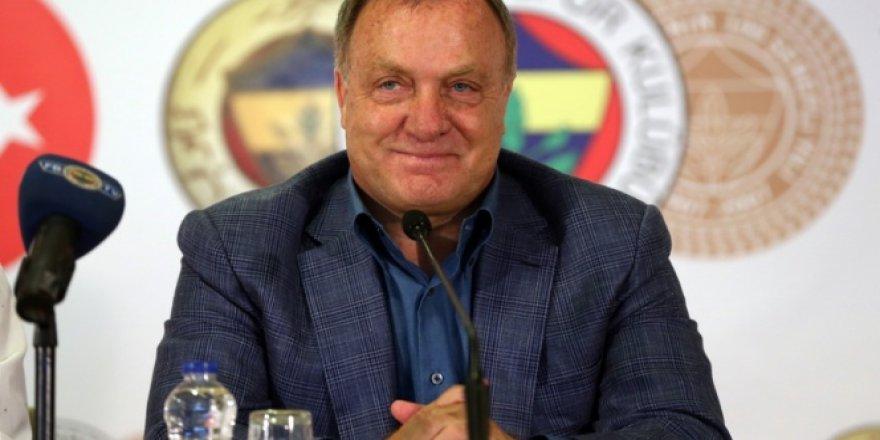 Teknik Direktör Dick Advocaat imzayı attı