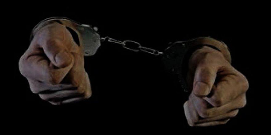 Kastamonu'da 5 polis, 1 okutman tutuklandı